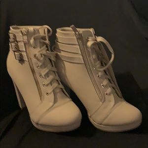 Forever Shoes - Forever ankle boots 8 1/2